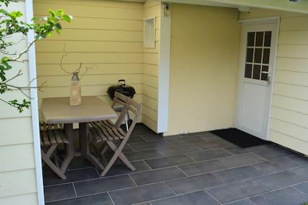 Petite Maison avec son jardin - Biscarrosse - House