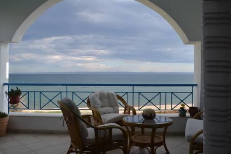 Casa del Mar - Paralia Gerakinis - House