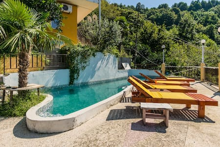 Hotel Villa Gonio - with Pool!  - Villa