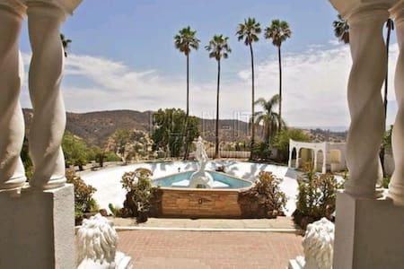 Moroccan Mansion / Events / Filming - Los Angeles - Hus