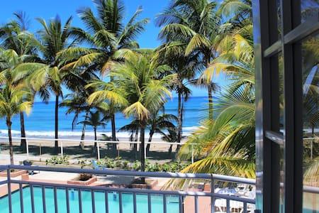 ESCONDITE Private 3BR Ocean-Front Suite w/ Pool - Aguada