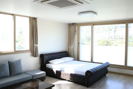 Yilin Pension Onebedroom Apartment 3 - Apartamento
