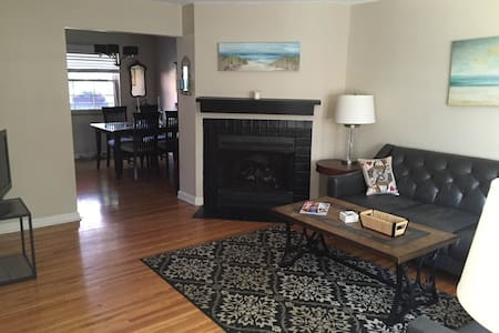 Single room in Grandview Condo - Condominio