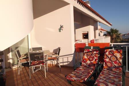 Rooftop Apartment, Costa de Cabanas - Appartement