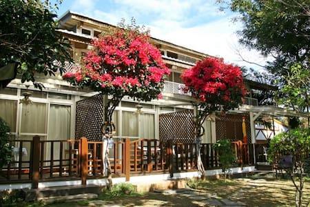 溫馨房double room (二館,距本館約80公尺,無湖景)-日月潭富豪群渡假民宿 - Yuchi Township