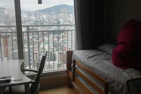 A room for 1 or 2 persons in downtown Seoul - Квартира