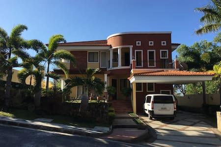 Terrazas, Nasugbu, Batangas - Casa