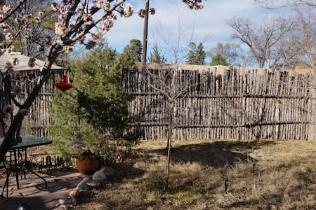 Walk to Plaza - Adobe house - Santa Fe - Maison