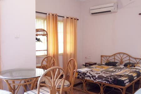 Comfy Studio Apartment @ Benaulim Beach - Wohnung