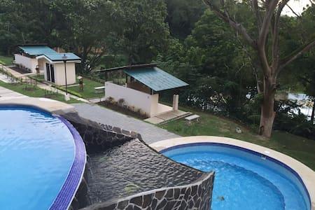Casa en condominio Herradura