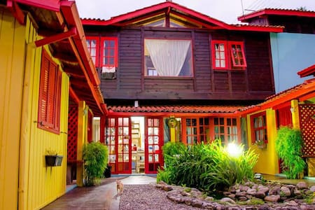 Casa na Praia do Rosa - SC - Casa