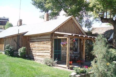 Cozy Cabin - Virginia City - Kisház
