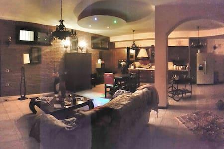 Lussuosa taverna - Seregno - Wohnung