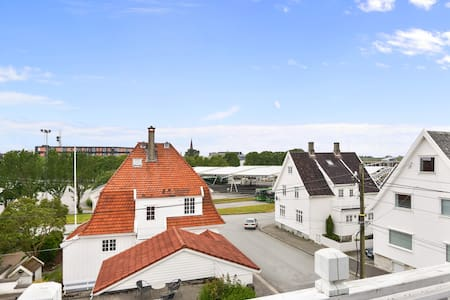 Sentral stor leilighet i haugesund - Haugesund - Apartemen