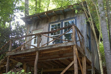 The Tree House at Healing Springs - Cabana en un arbre