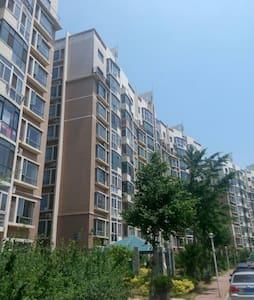 五明户型南北通透,有电梯。两卧室朝南,阳光充沛,93平(整套出租)。 - Apartment