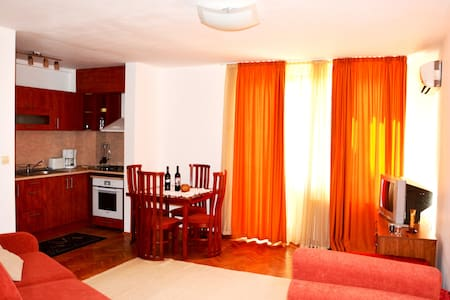 Varna Inn Sea view 2 apartment - Varna - Apartment