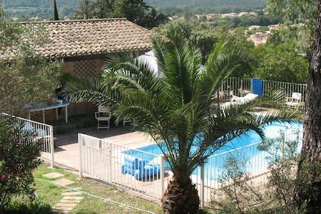 B&B sdb piscine terrasse privée - La Crau