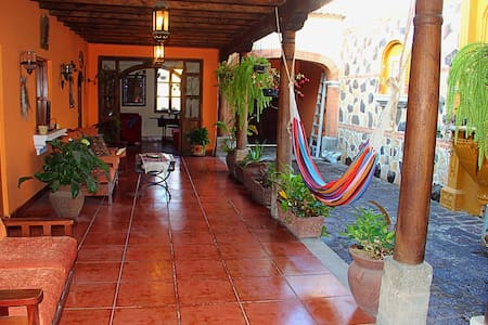 Absolutely lovely home in Antigua - Antigua Guatemala - Ház