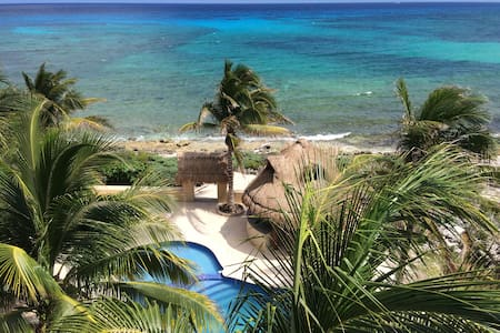 401 - Few feet from the Caribbean, pool, Jacuzzi - Appartement