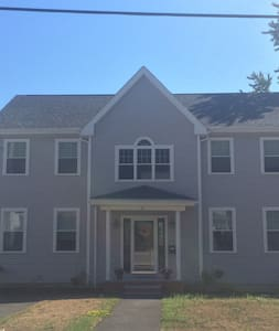 Seaside Suite for 1-3 only minutes from Boston - Appartamento