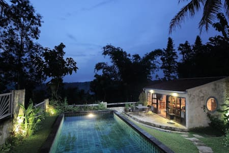 Villa Sunset 2bedrooms French style - yogyakarta