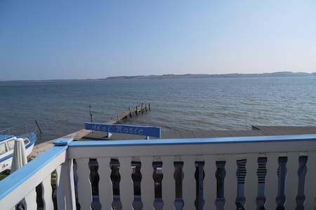 Large (60sqm) Balcony Flat with Direct Sea Views - Middelhagen