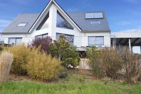 Traumhafte Villa mit Meerblick , top Ausstattung - Crozon