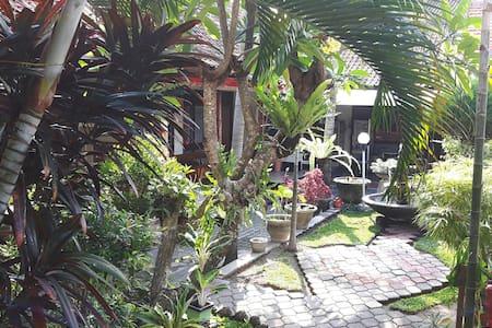 Cozy Bedroom with breakfast in Bali - Denpasar Bali