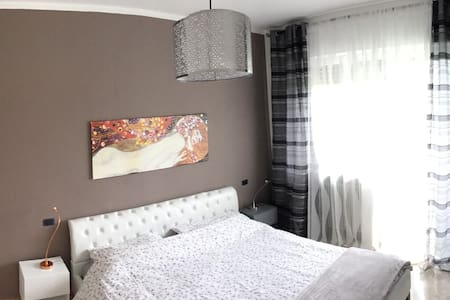 Central zone flat - Apartment