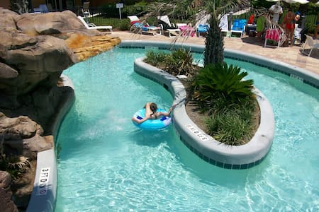 Waterscape #A123, FL beach front water park resort - Appartement en résidence