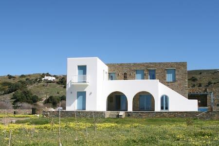 Maison neuve - 6 chambres- jacuzzi- 150m de la mer - Rumah