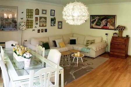 Nice house in midletown - Apartment