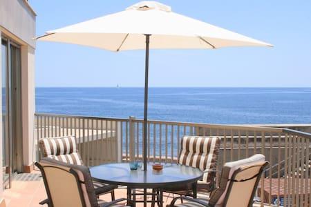 Schönes Apartment für 4 mit Meer- und Hafenblick - Apartemen