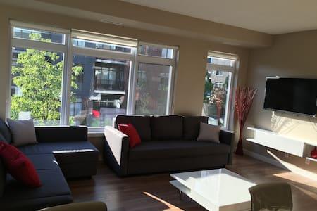 Upscale 1BR Condo-Exchange District - Winnipeg - Wohnung