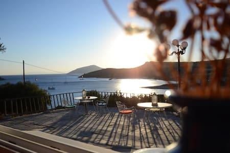Beachside Summer Home - Sounion / Enjoy the Sun! - Sounio - Daire