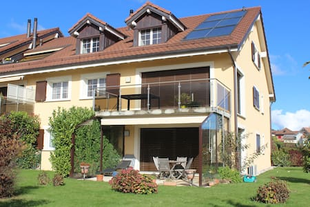 Bel Appartement r-d-c, 2 Chambres, Jardin, Vue Lac - Gilly - Appartement