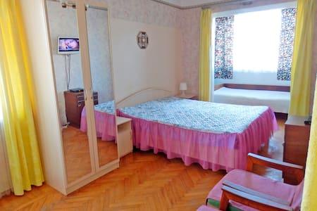 Квартира с кондиционером в центре Пицунды - Apartment