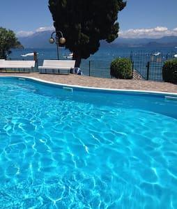 Appartamento in riva al lago - Manerba del Garda - Apartmen