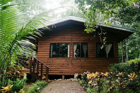 Beautiful Costa Rican Jungle Villa - Quepos