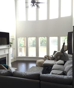 Game Day Rental in perfect location! - Tuscaloosa - House