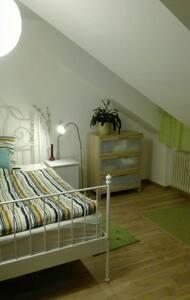 Zimmer in Seenähe - Tutzing