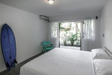 La Negra Surf Hotel & Soda - Room 1 - Nosara - Bungalow