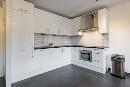 Appartment nearby Amsterdam 20 km - Almere - Apartment