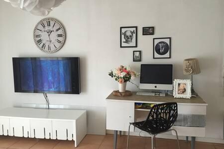 Appartement situé à Léguevin en rdc - Lejlighed