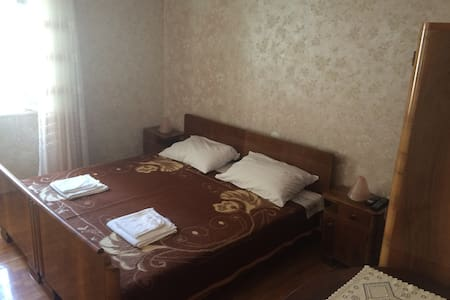 Room in the old town center - Cres - Rumah