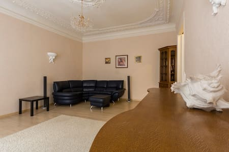 Charming Apartments on Nevsky - Apartment