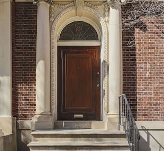 Condominium in historic Mt Vernon rowhouse. - Baltimore - Wohnung