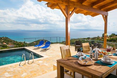 Fantastic Villa with private pool & stunning views - Poros