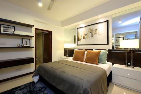 On 320 apartment - 3 Bed - Apartamento
